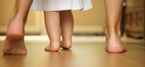 прохождане на бебето