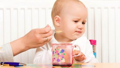 Вредните бебешки храни за бебето в ранна възраст