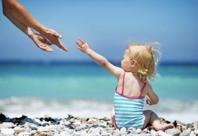 Топлинен удар при бебета и деца