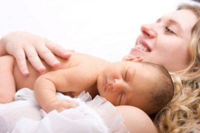 Ролята на витамин Е за кърменето, кърмачките и кърмачетата.