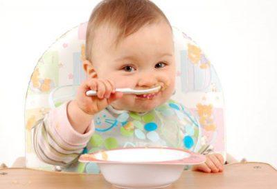 Препоръчителни количества калий и желязо в менюто на бебето