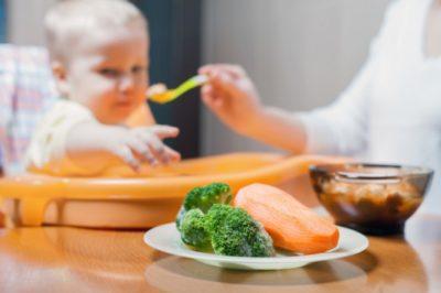 Храненето на нашето бебе и най-важните микроелементи за него